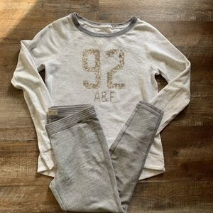 A&F W Shine and Sparkle combo SM top LRG leggings